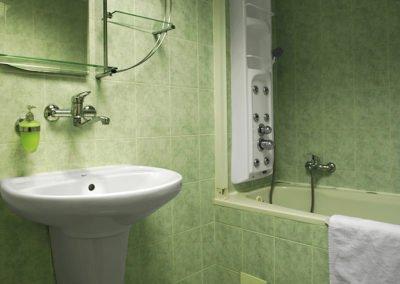 Koupelna s vanou 1+kk
