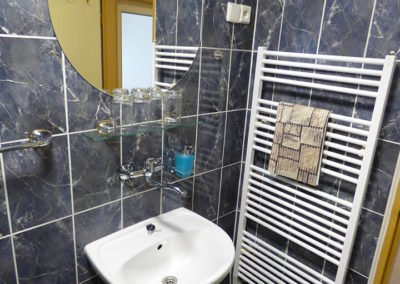 pokoj-216-koupelna2